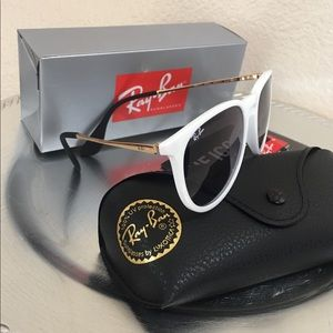 -New White Erika Sunglasses 🕶